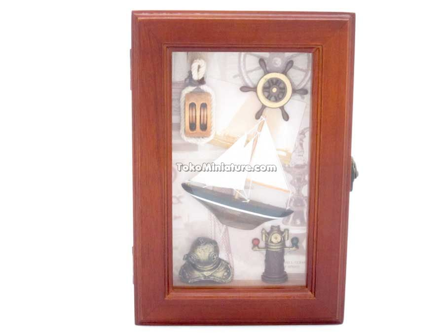 Gantungan kunci / key box nautical anchor