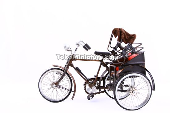 pedicab in Medan miniature